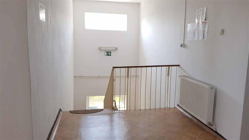 Scara interioara etaj