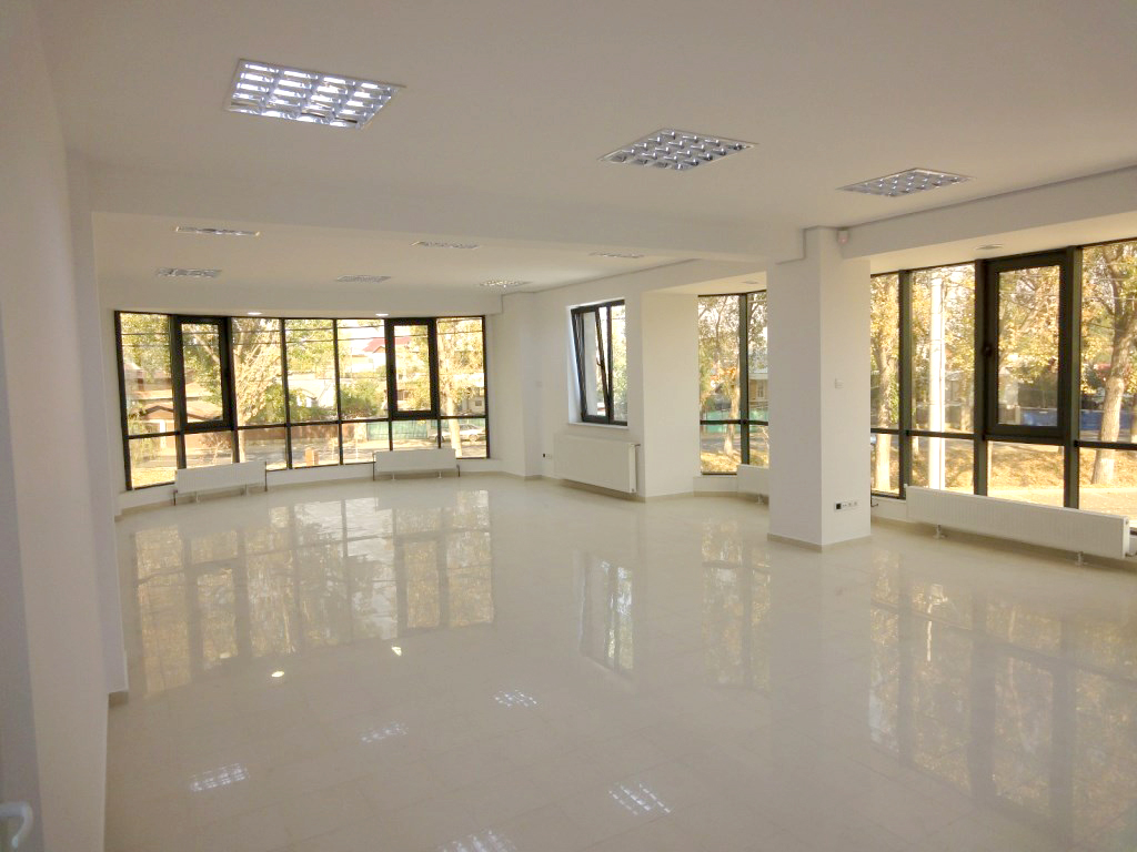 Spatiu birouri-open space
