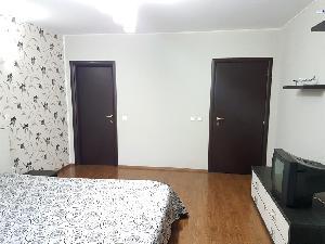 Dormitor 1 (cu baie proprie)